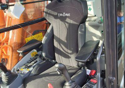 Kraanstoel | Trône Seating