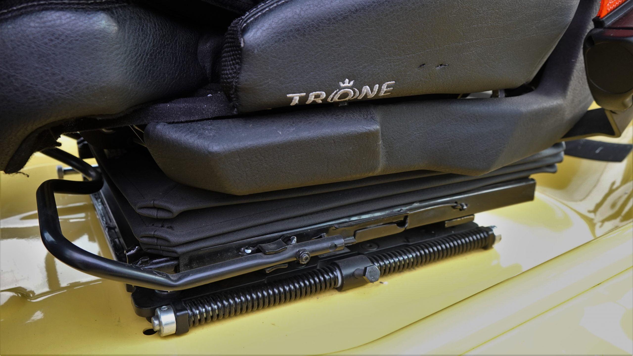Isobouw Stramit | Trone Seating