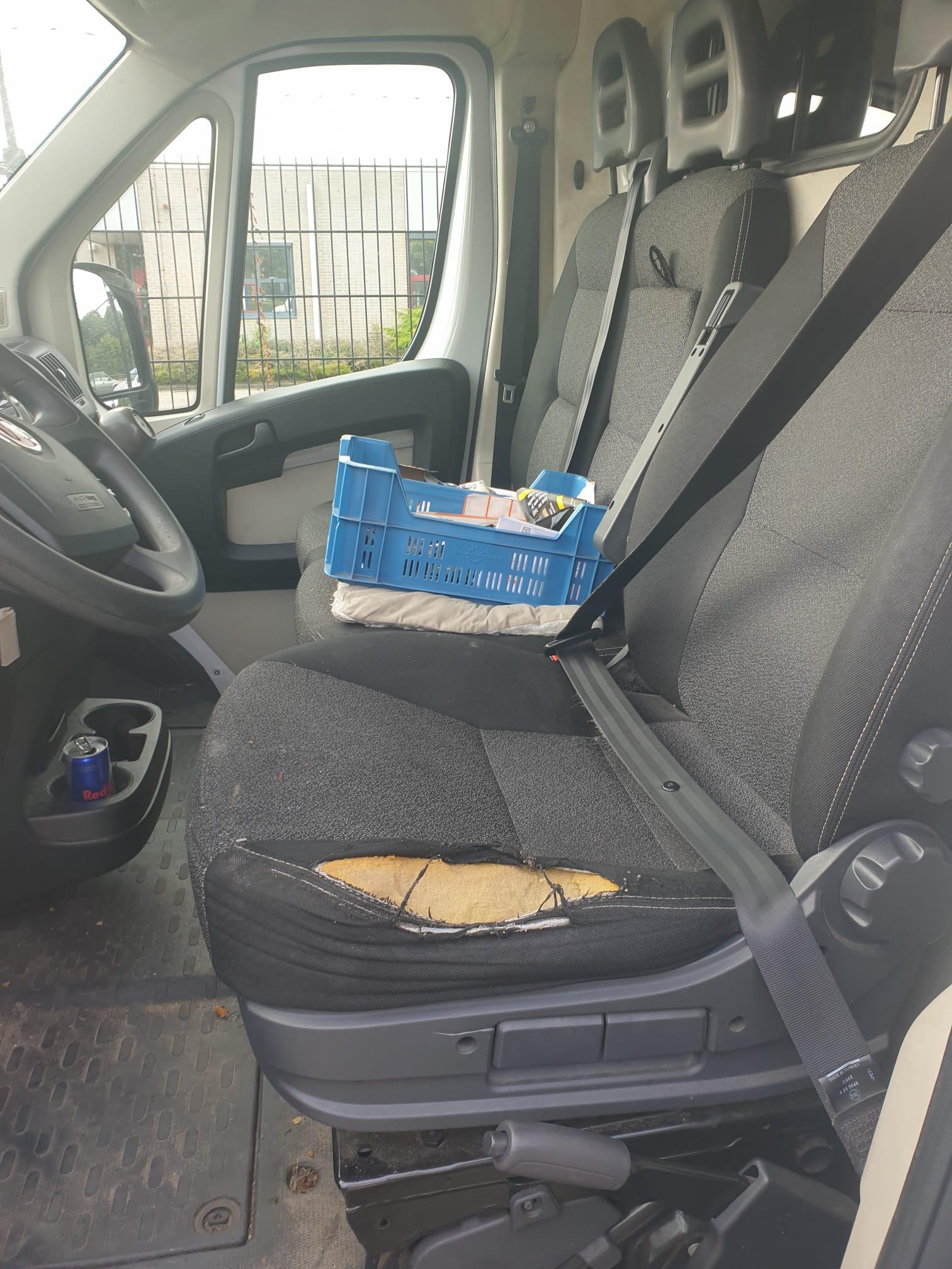 bestelwagenstoel-kapot